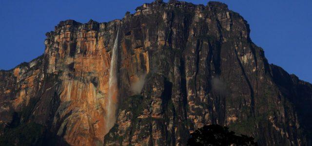 Salto Angel – u stóp najwyższego wodospadu świata