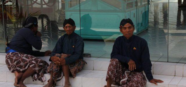 Arcydzieła sztuki Jawy – Keraton w Yoga i Prambanan