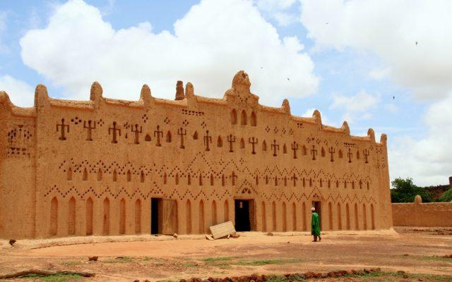 Bani – gliniane meczety na wzgórzach